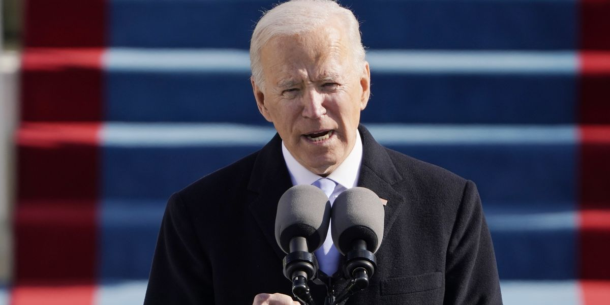 Biden signs orders on food and unemployment aid as talks start on big aid plan