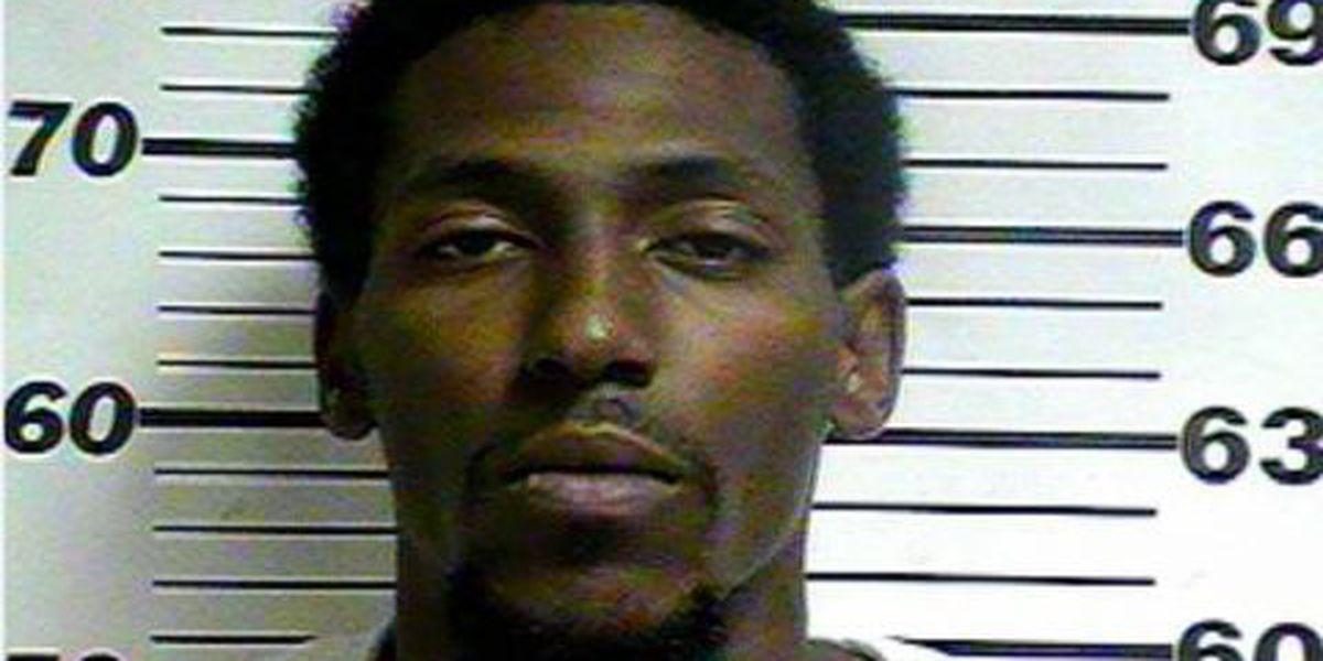 Gulfport murder suspect turns himself in