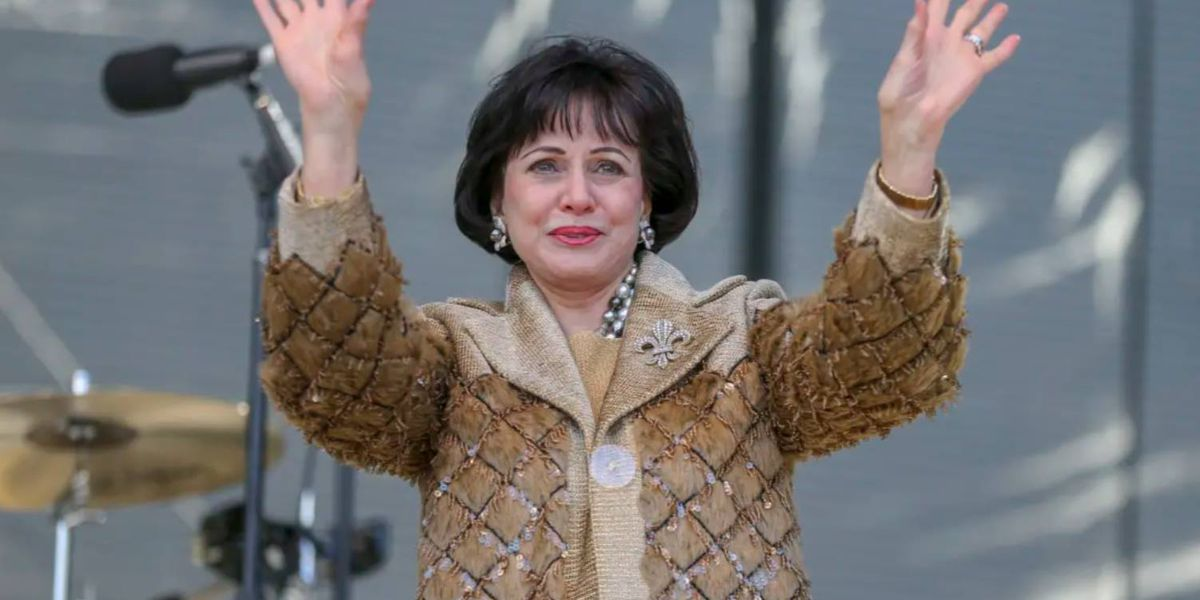 Gayle Benson 'thoroughly disappointed' by ref's call, statement says