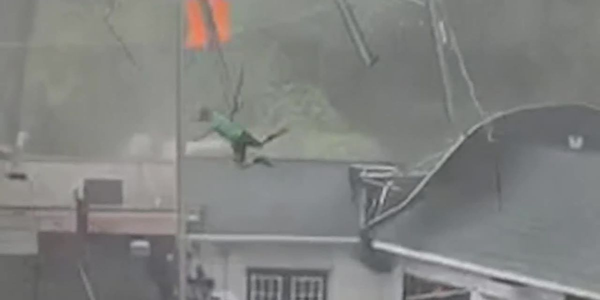 Winds grab giant tent, send restaurant workers airborne in S.C.