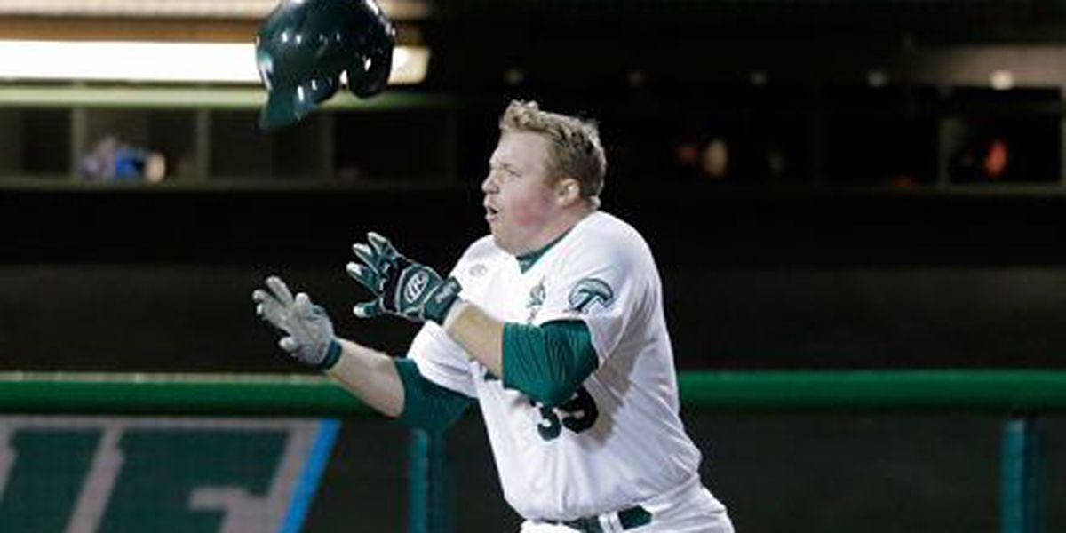Tulane's dominant weekend earns Wave a sweep of AAC weekly honors