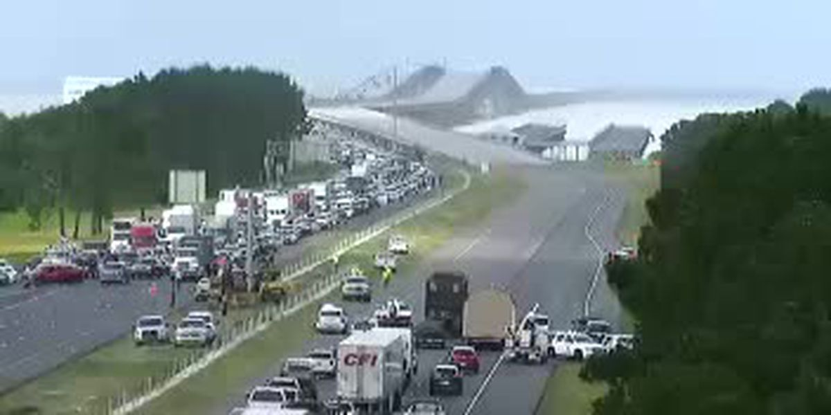 I-10 East re-opened at Irish Bayou after being closed due to downed power line