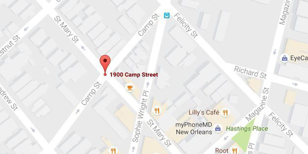Woman robbed at gunpoint in the Lower Garden District