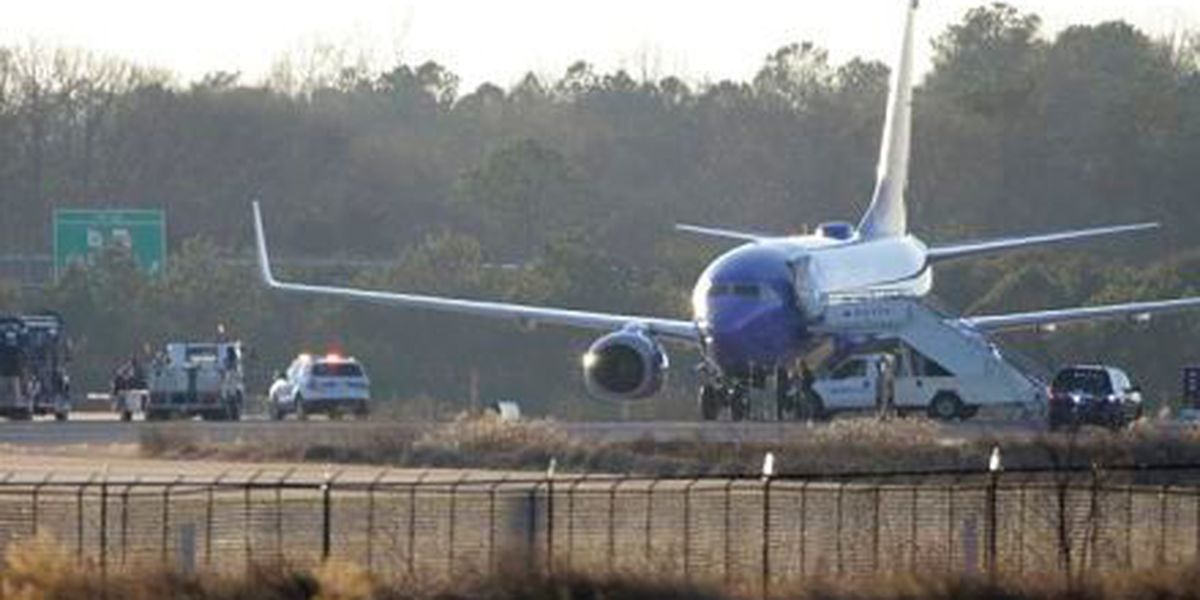 No bombs found on planes in Atlanta after threat