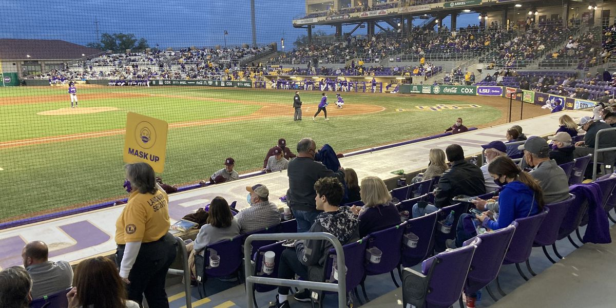 LSU baseball remains ranked in one poll, falls out of top 25 in 3 others