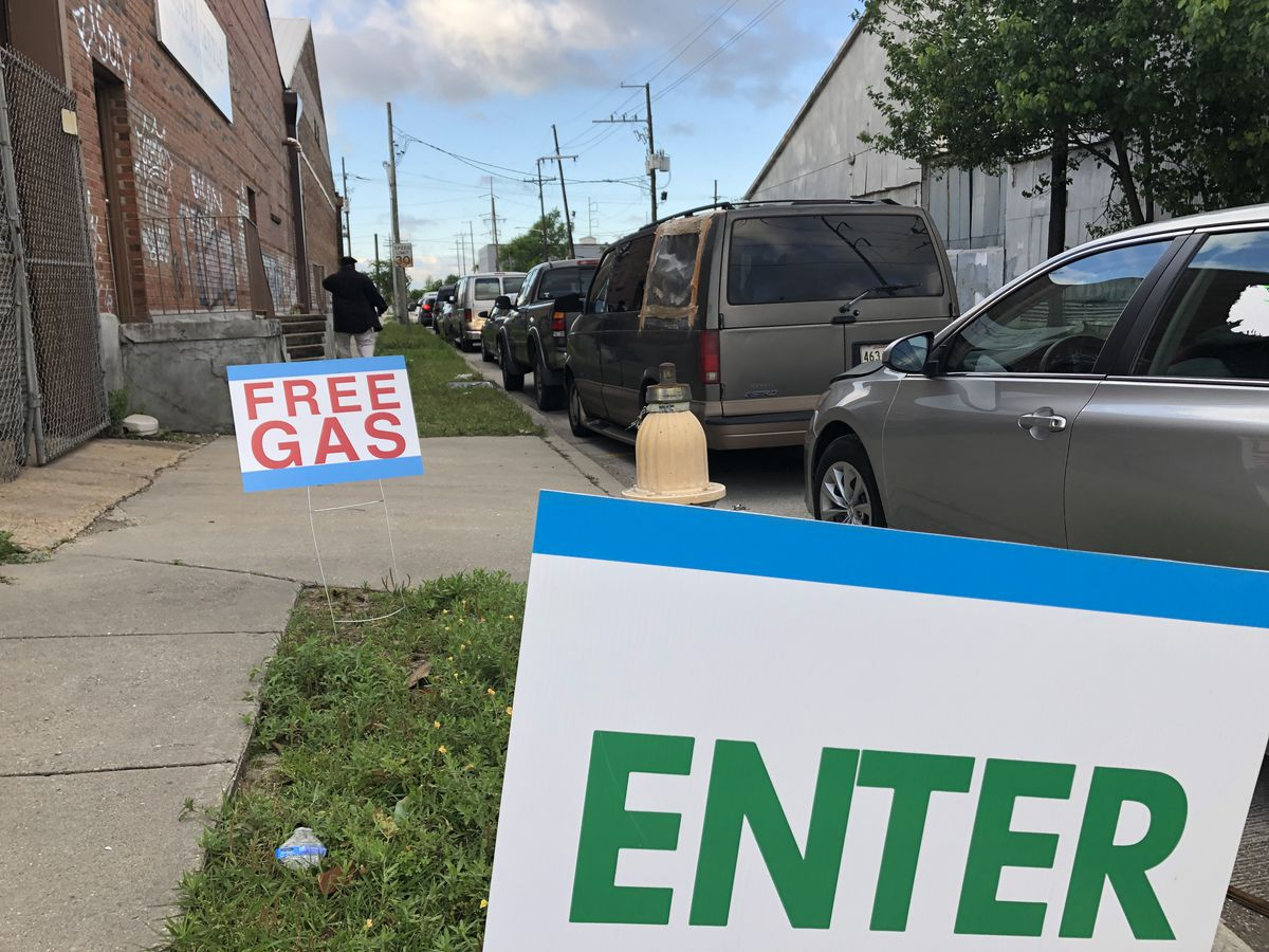GOOD FRIDAY: Local church gives free gas to 250 drivers