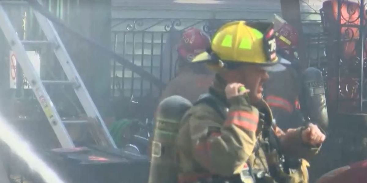 10 residents displaced by 3-alarm fire in Mid-City, 2 cats die