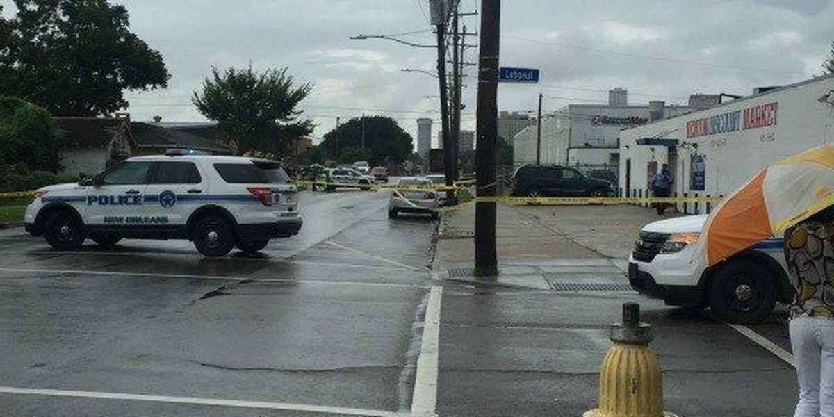 NOPD: Female victim in Algiers triple shooting dies
