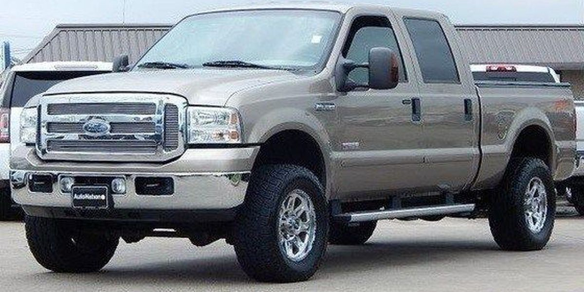 Police search for truck stolen from Lakeview restaurant