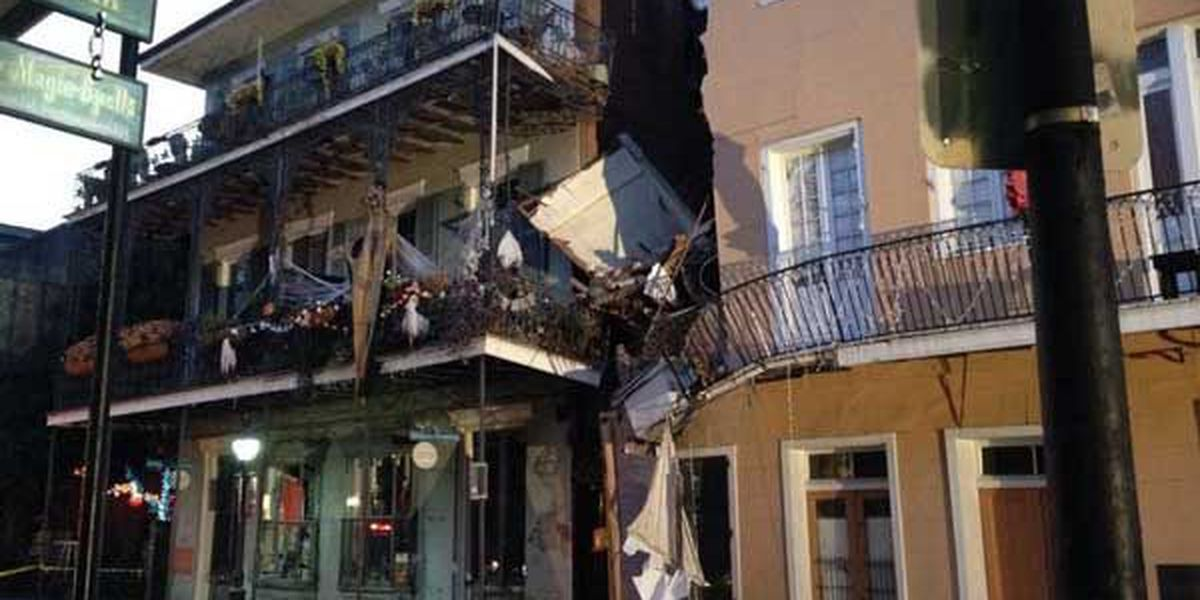 Crews attempt to stabilize crumbling building in French Quarter