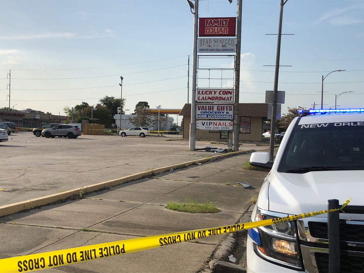 Double shooting in New Orleans East leaves woman dead, man injured