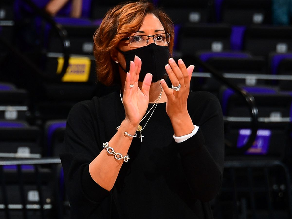 LSU women's basketball head coach Nikki Fargas steps down