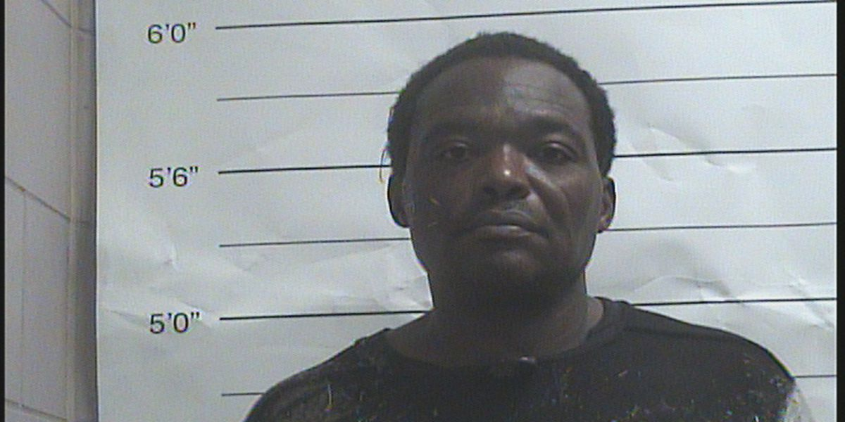 Man accused of breaking into, robbing Lower Garden District home with woman inside