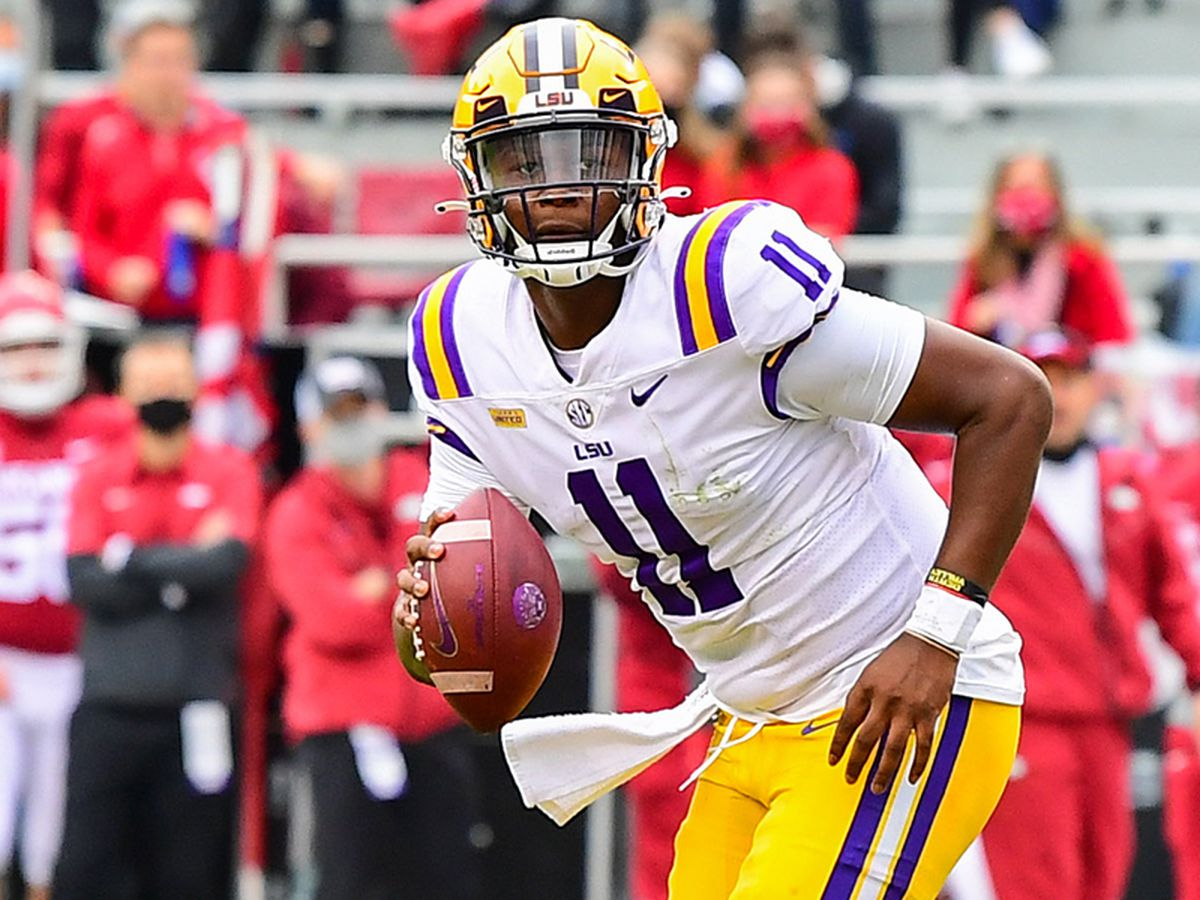 LSU offense looks different with true freshman QB