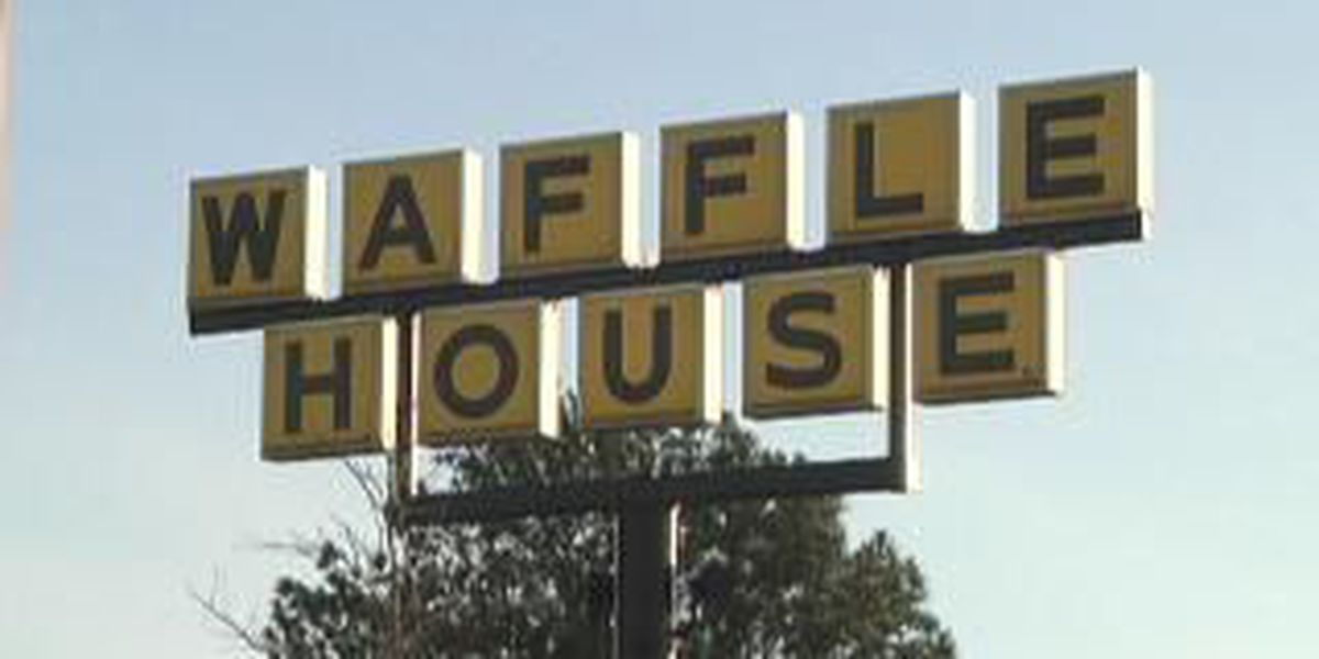 Diners scattered, smothered, and took cover when an Algiers waffle house was robbed