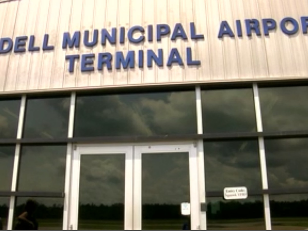 One dead after plane crash at Slidell Municipal Airport; search continues for possible survivors