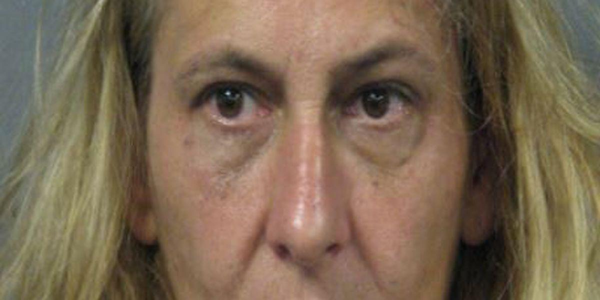 Woman accused of making meth in Kenner hotel room