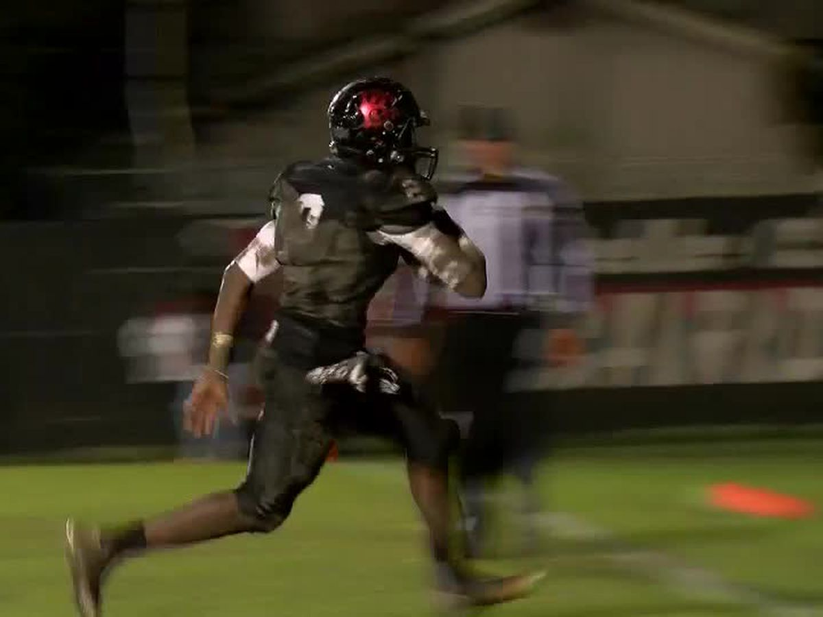 Belle Chasse advances in Class 4A playoffs with win over Carver