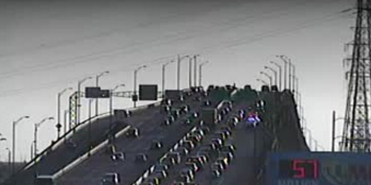 Police investigation on high rise snarls traffic