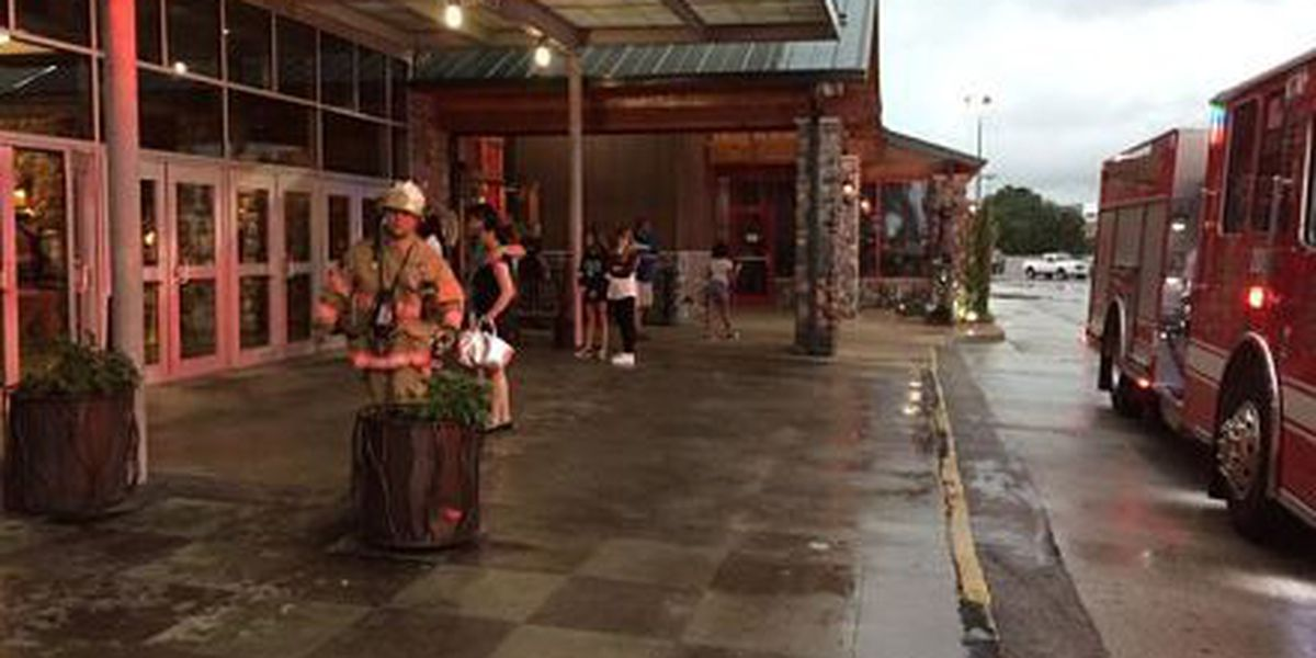 JPFD: Clearview Mall evacuated due to visible smoke