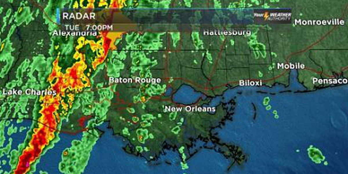 Bob: Strong storms tonight, colder before dawn