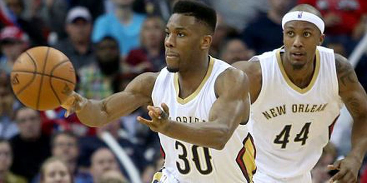 Pelicans come up short in Houston, 100-95