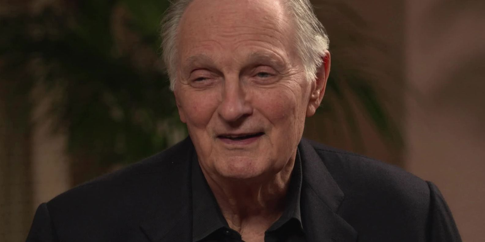 Actor Alan Alda recognized for philanthropic work, support of broadcasters