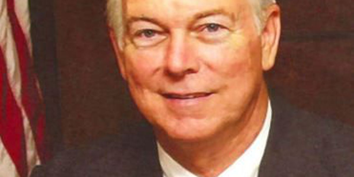 Plaquemines Parish president Amos Cormier has died