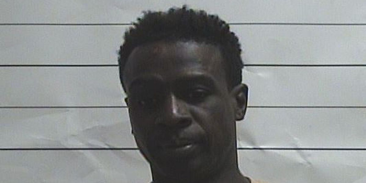 NOPD traffic stops gets rough when man tries to flee