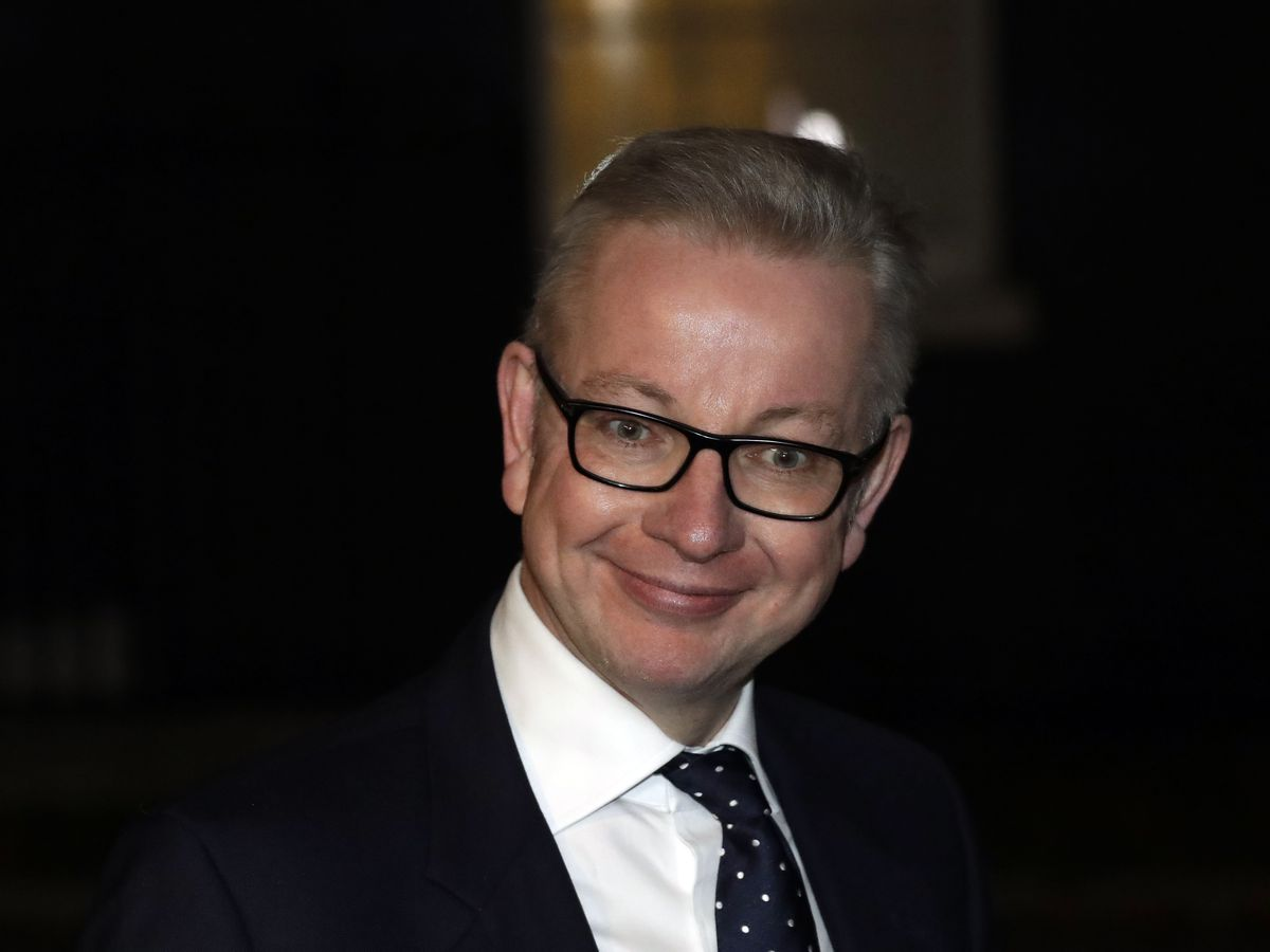 The Latest: Environment Minister Gove won't quit over Brexit