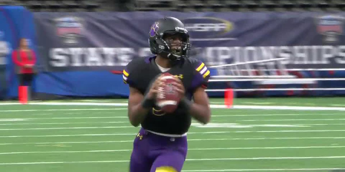 QB Leonard Kelly looks to continue Karr's winning ways this fall