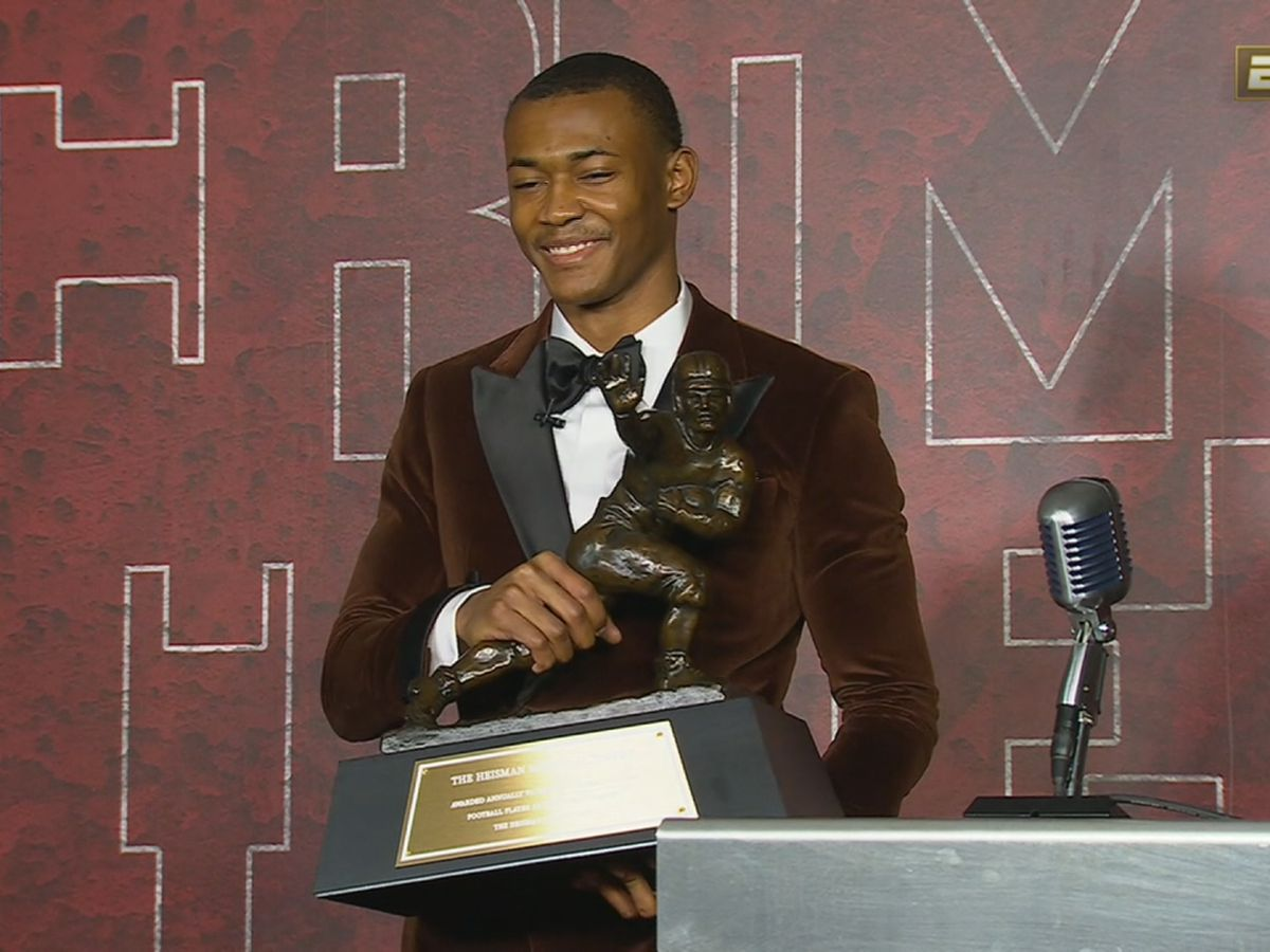 DeVonta Smith on winning Heisman Trophy: 'I never sat up and thought I could possibly win it'
