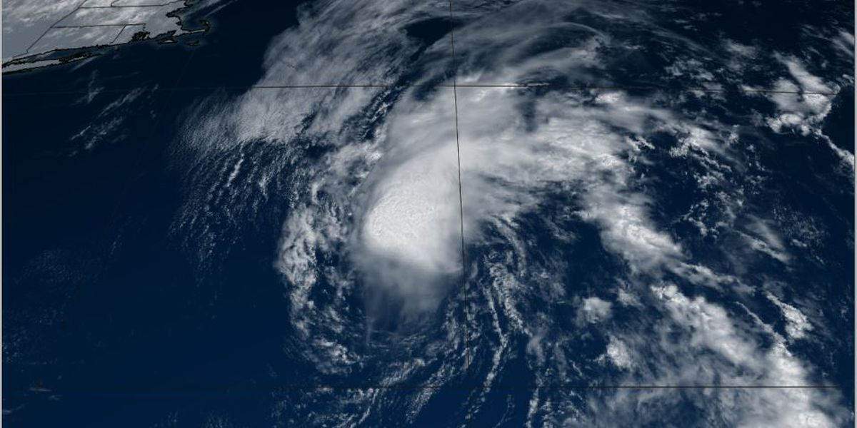 Beryl strengthens in the Atlantic