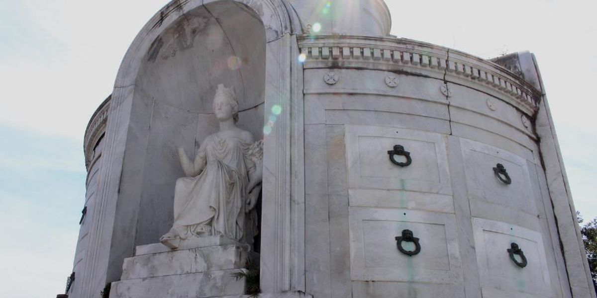Heart of Louisiana: New Orleans cemeteries