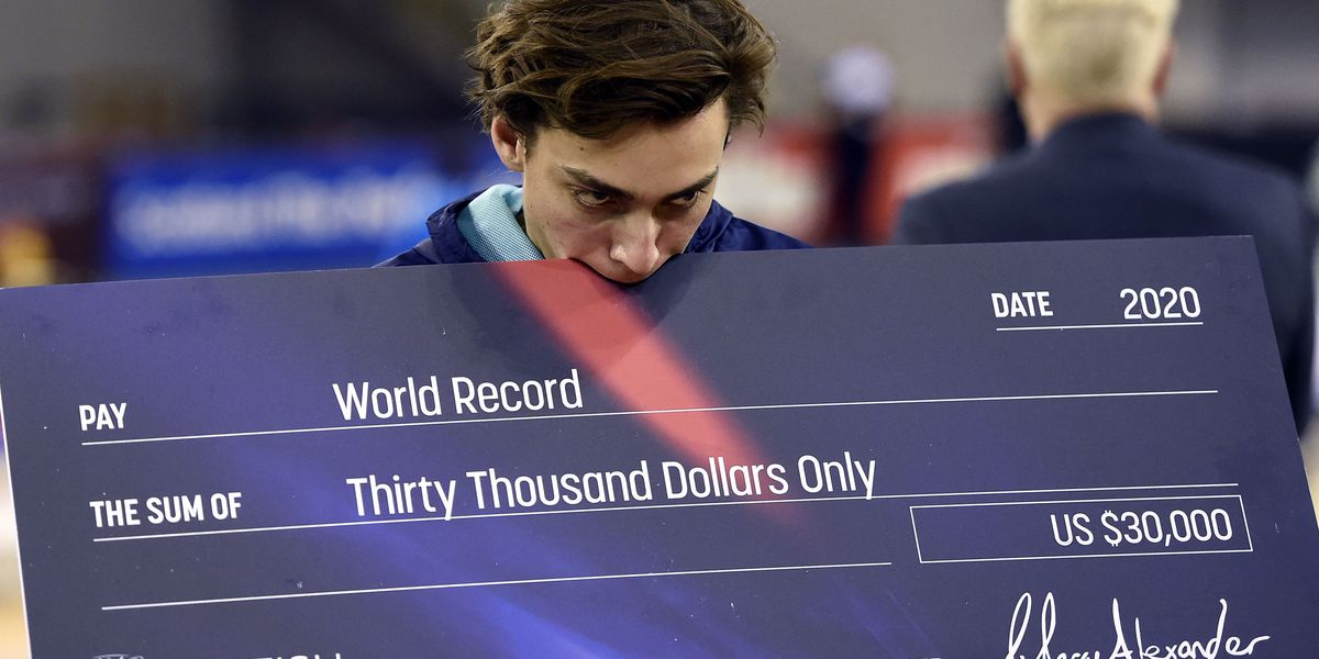Mondo Duplantis breaks his own indoor pole vault world record