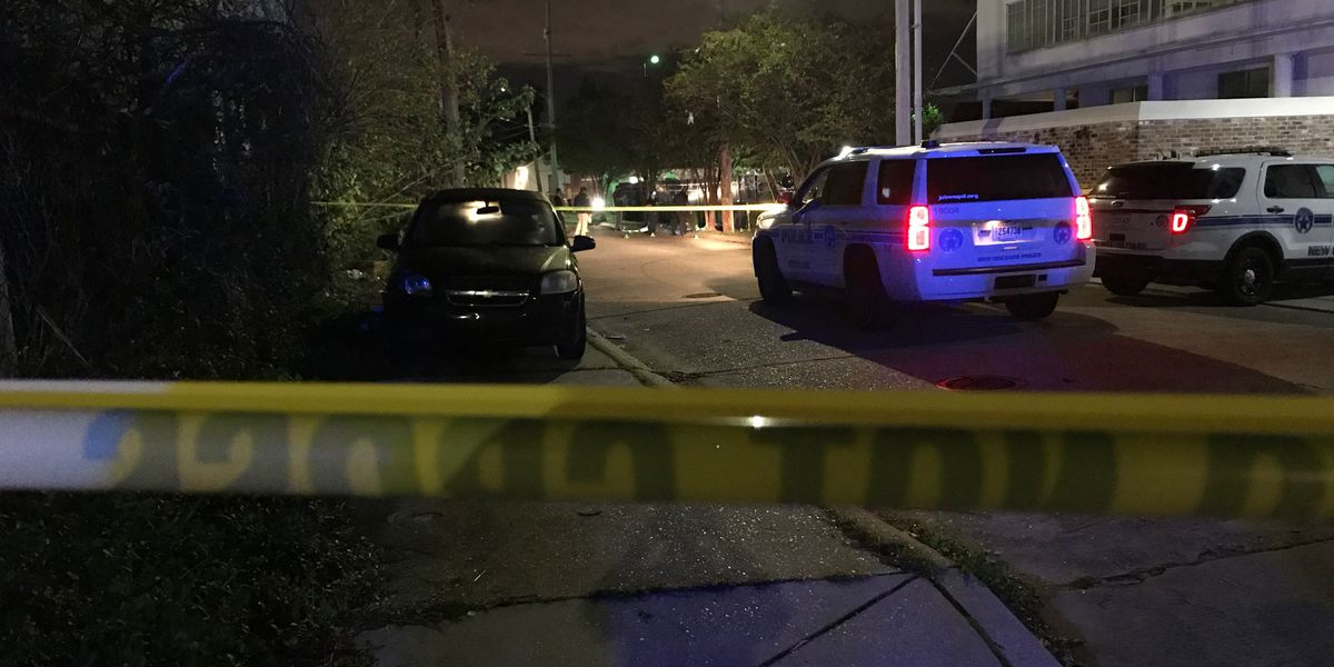 NOPD: One man dead, woman injured in Gert Town shooting