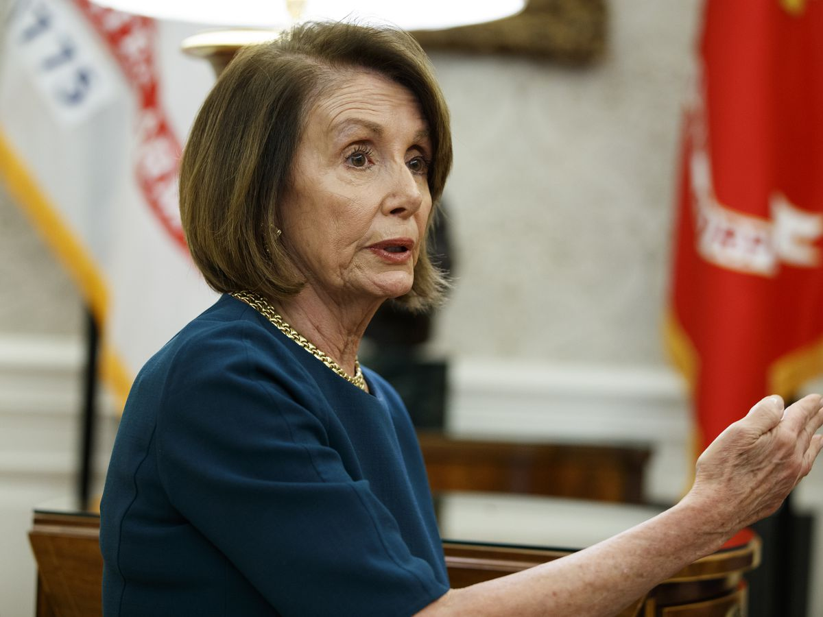 Pelosi, Dem critics discuss plan to limit top leaders' terms