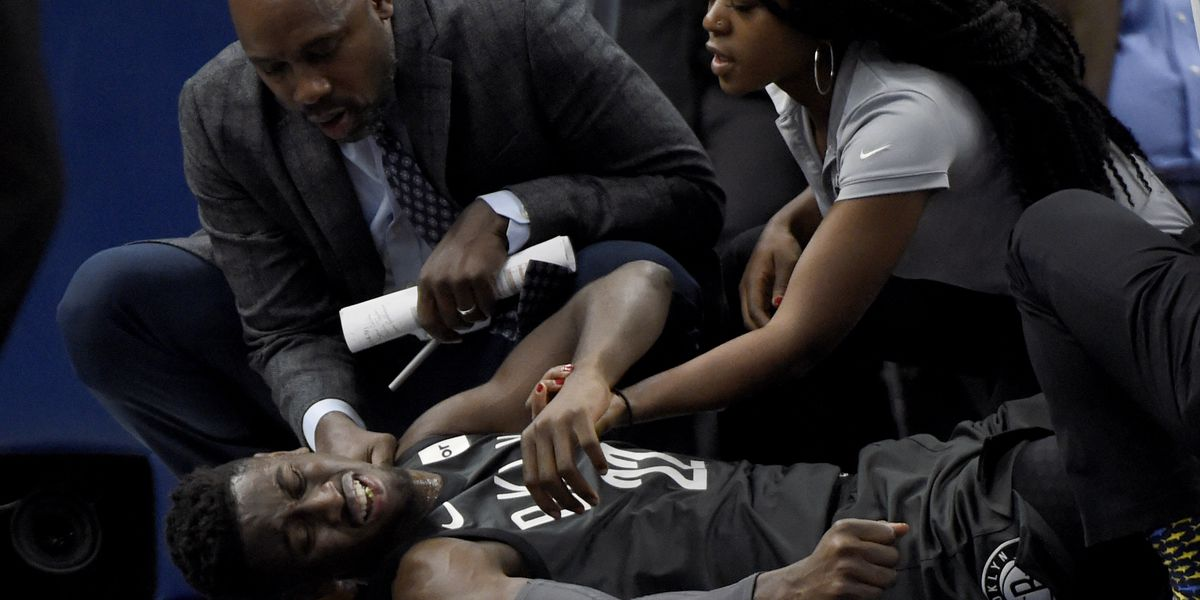 Nets' LeVert sustains apparent severe right leg injury