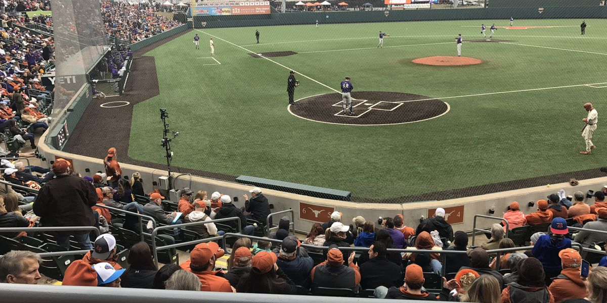 LSU baseball gives up another 8 runs to Texas in Game 2, loses 8-4
