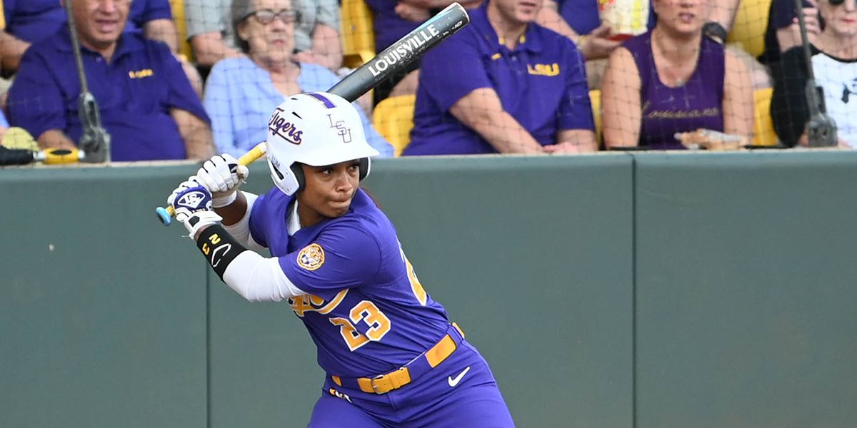 No. 9 LSU softball comeback falls short against No. 4 Alabama in Game 2; Tigers drop series to Tide