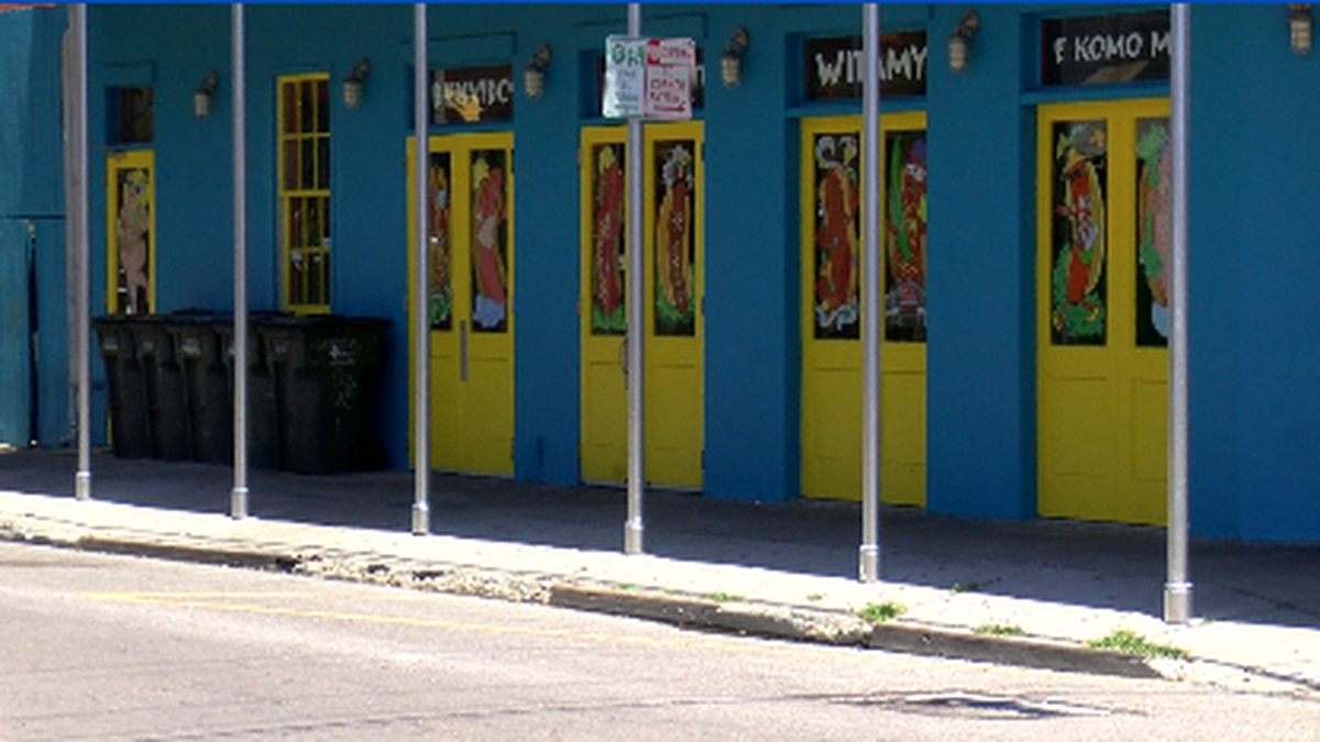 Sidewalk cafe permit fees temporarily waived for New Orleans restaurants