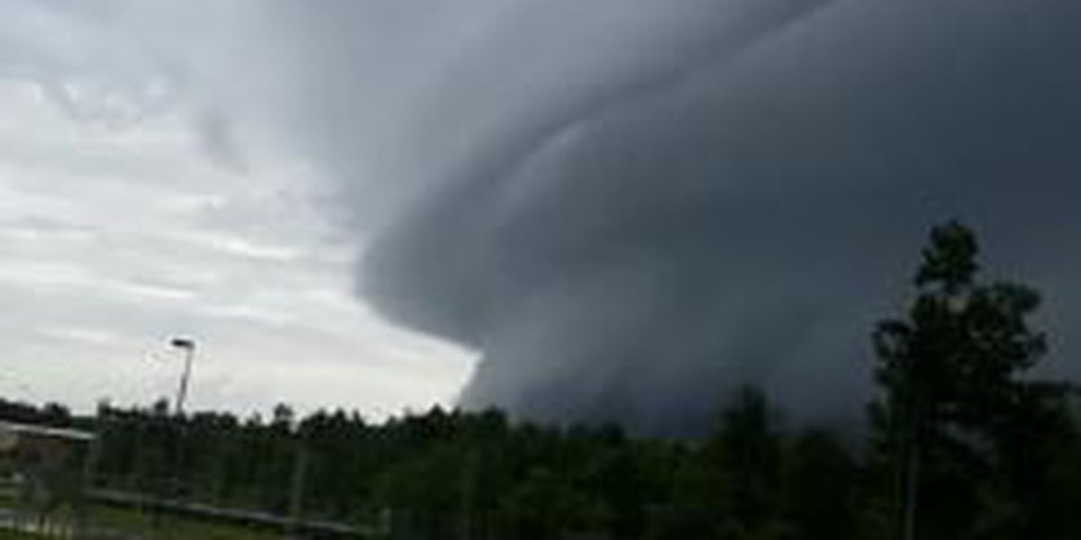VIDEO: Impressive wall cloud spotted in Goodbee