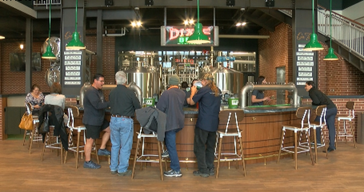Dixie Brewing Company re-opens doors for the first time since Pre-Katrina