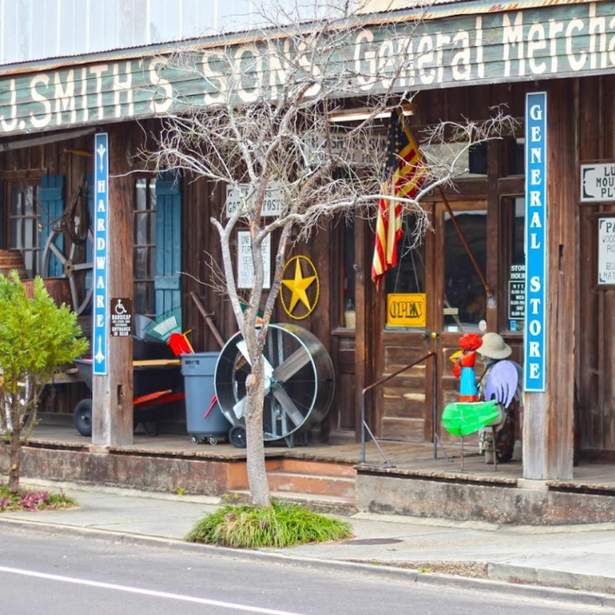 Heart of Louisiana: H.J. Smith and Sons Hardware Store