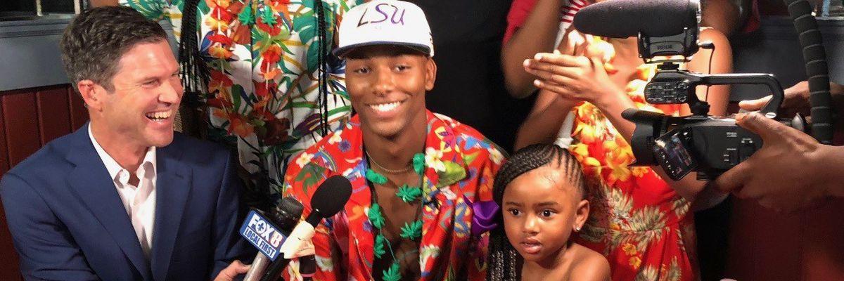 Rummel WR Koy Moore commits to LSU live on FOX 8