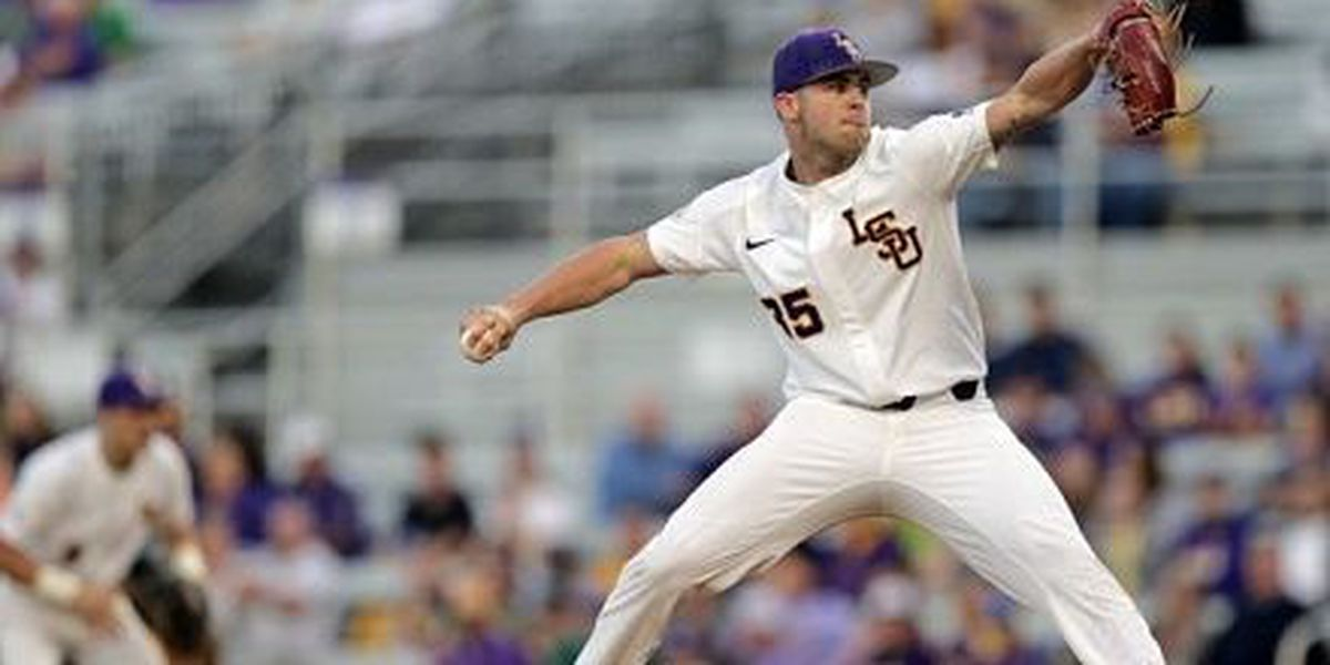 LSU starts Auburn series with dominant win thanks to Lange's complete game