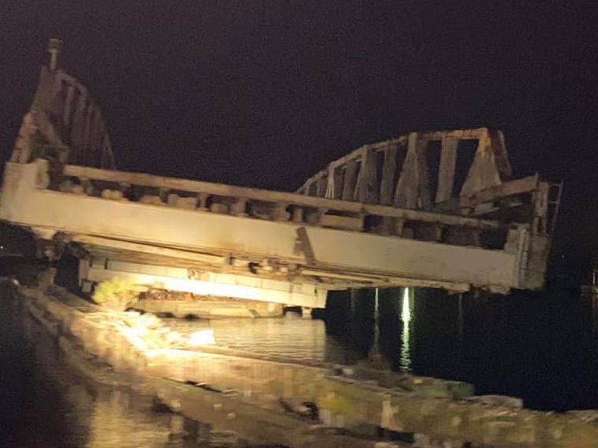 IMAGES: Barataria Bridge struck by barge; Lafitte mayor says damage is 'significant'