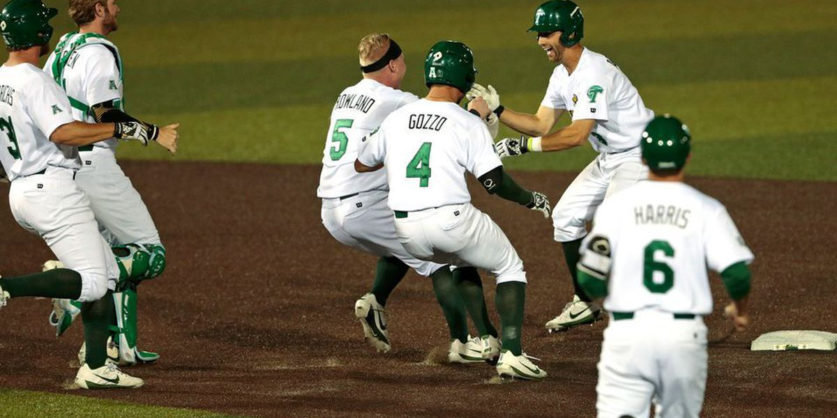 Tulane rallies from double-digit deficit to beat Houston 17-16