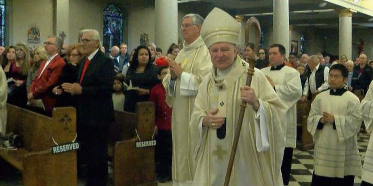 Hundreds attend Christmas Mass at St. Louis Cathedral
