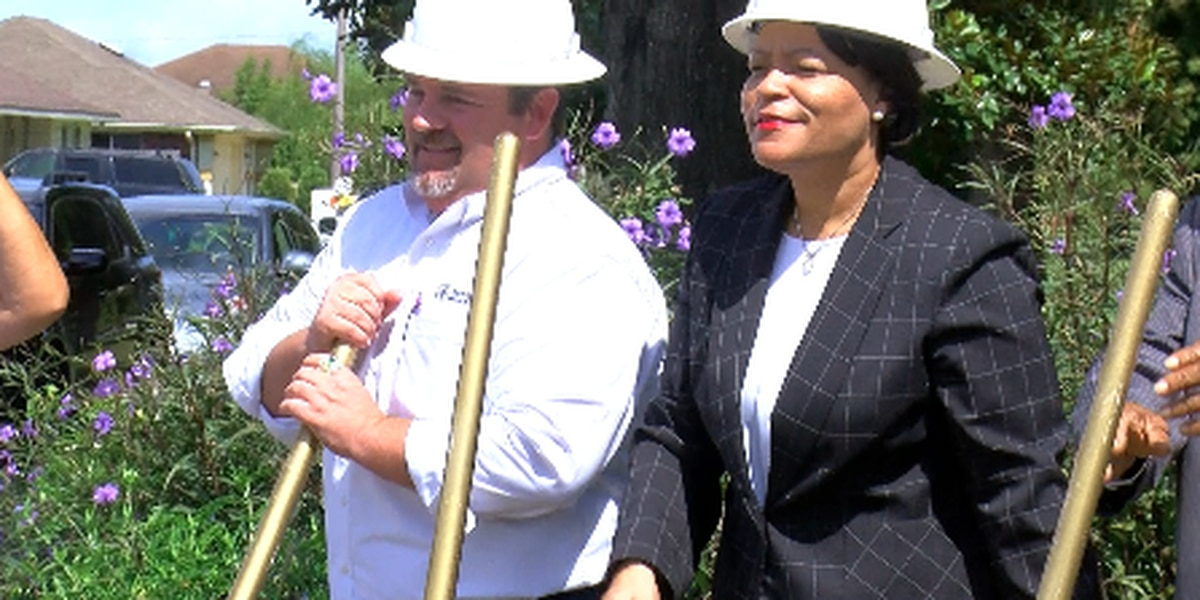 Mayor breaks ground on first part of $27 million infrastructure projects in New Orleans East